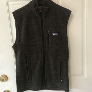 NWT small Patagonia men's better sweater vest